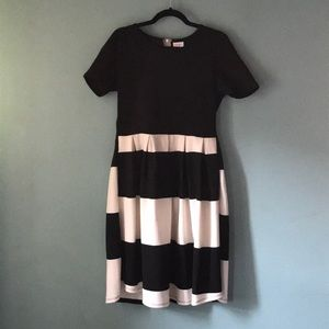LulaRoe black and white xl Amelia dress